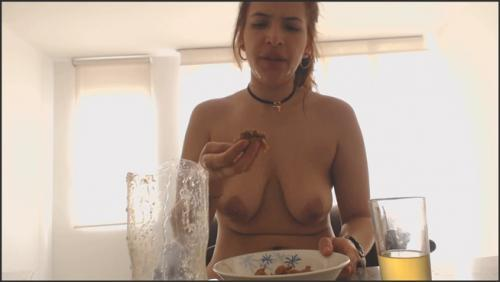 MessyPaula – Sweet Dirty But oh so Sexy Paula (Pooping, Pissing in FHD)