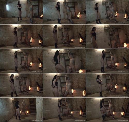 Mistress Luciana - A Loving Balls Treatment [FullHD 1080P]
